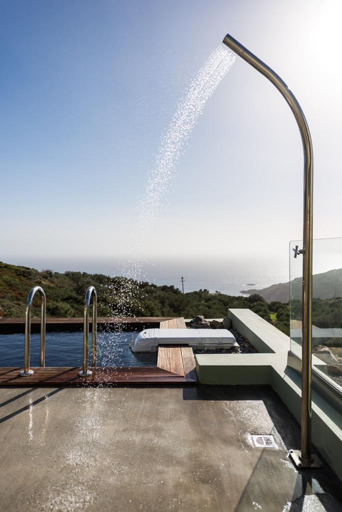 thehouseonthecove_ AMA Luxury Shower